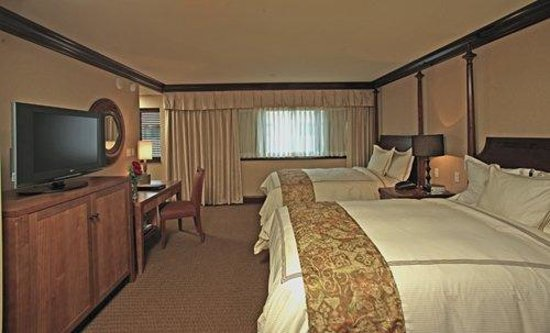 The Towers at the Kahler Grand Hotel: Executive Room