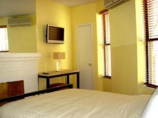 Signature Mini Suites of Minetta: Studio Suite Guest Room
