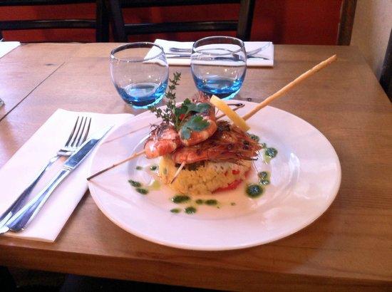 Jolis Momes : Exemple de palat du jour : Brochette de gambas et riz Pilaf