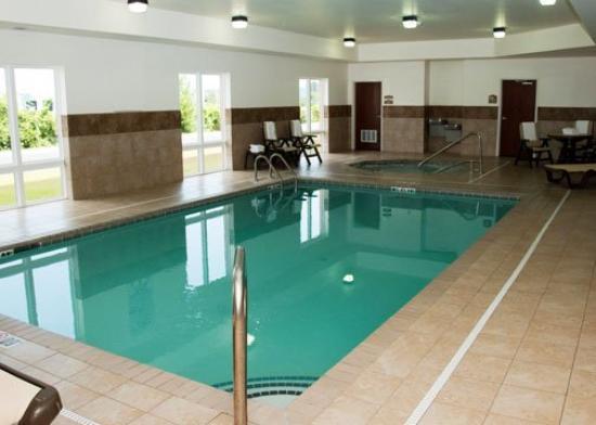 Comfort Inn & Suites: INPool Still B