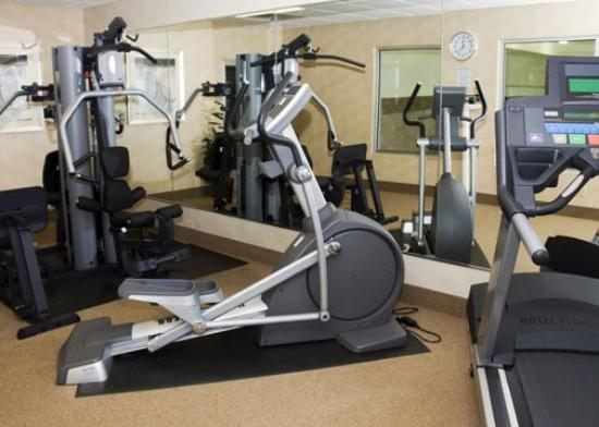 Comfort Inn & Suites: INExercise Still C