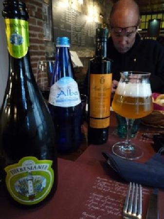 Osteria Al Guerriero: great beers and beautiful stemware
