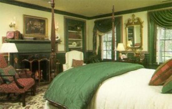 Bailiwick Inn: The George Washington Room