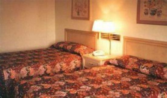 Inns of Virginia - Woodbridge: Guest Room