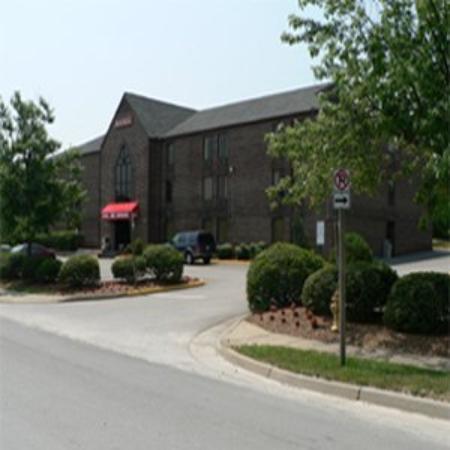 Inns of Virginia - Woodbridge: Entrance