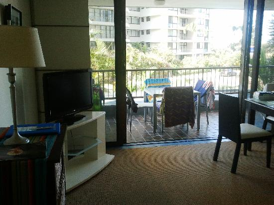 Pacific Resort Broadbeach : Lounge is adequate