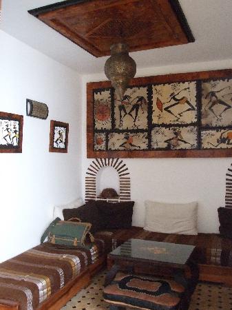 Riad Bab Essaouira : bedroom