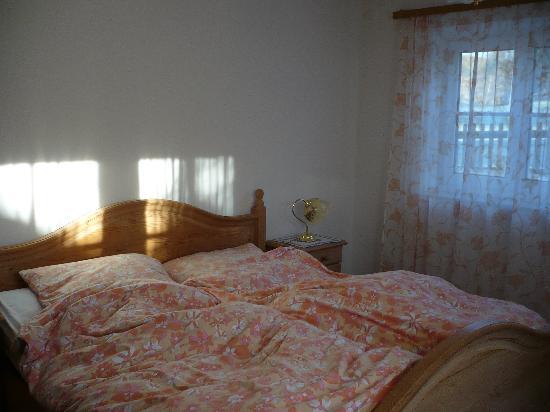 Gasthof Zur Moosmuehle: Master bedroom