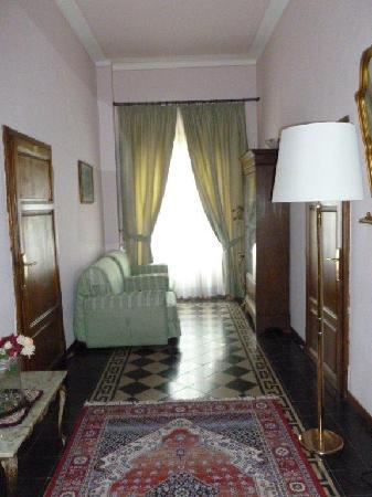 Villa Porta all'Arco : Hallway