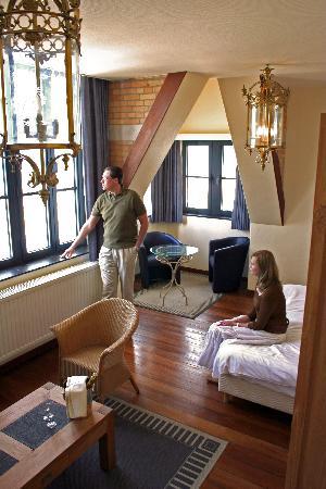 Hotel Villa Select : kamers met rechtstreeks zicht op zee