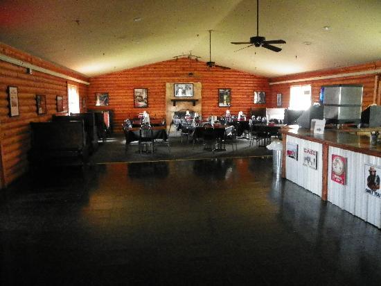 Smokin' Jake's House of BBQ: Inside of Smokin Jakes