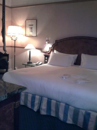 Sofitel Rome Villa Borghese : le grand lit