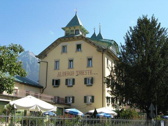 Hotel Trieste: Albergo Trieste dal 1882 nelle Dolomiti del Cadore