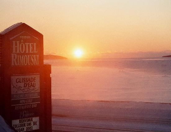 Hotel Rimouski: Extérieur