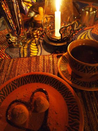 The Octagon Safari Lodge: dessert for dinner, chocolate truff