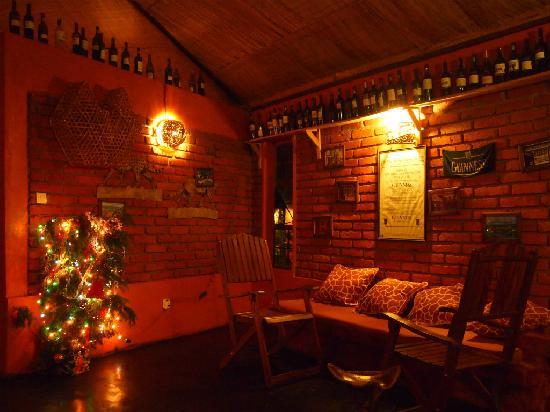 The Octagon Safari Lodge: Irish bar