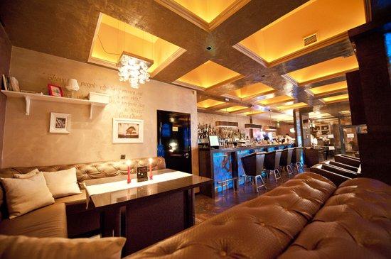 Calipso Bar & Dinner