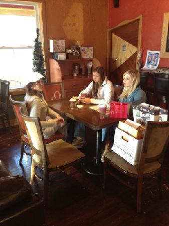 Cafe De Arts Roastery : family breakfast