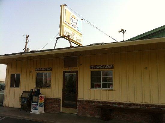 B S Coffee Shop: B & S Coffee Shop
