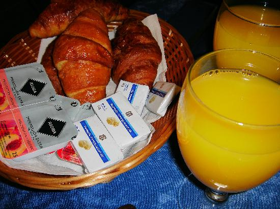 Sweet Hotel Continental: BREAKFAST AT HOTEL CONTINENTAL VALENCIA