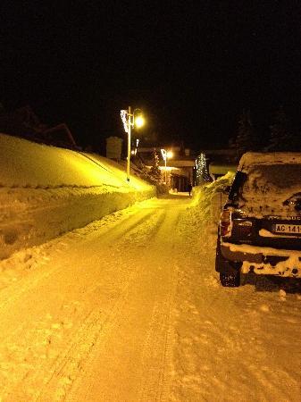 Restaurant L'Arolay : Chemin d'accès en hiver