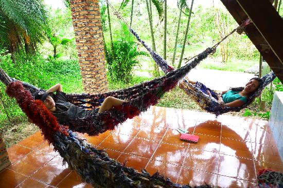 TK Guest House: Relaxing hammock for siesta in between cooking class
