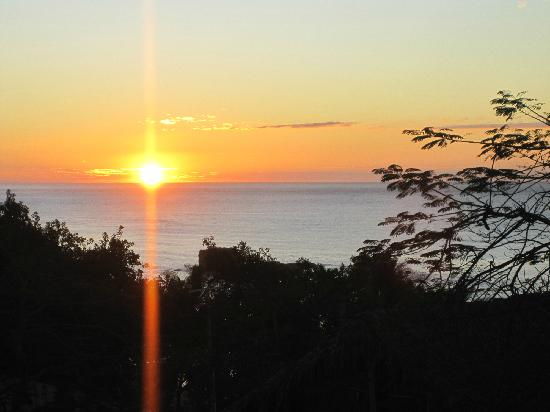 Kayu Resort: sunrise from our balcony