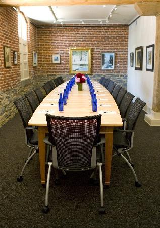 لانكاستر أرتس هوتل: Art Gallery Boardroom