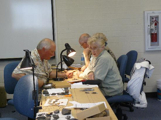 Verde Valley Archaeology Center: Artifact Identification Project Team at Work