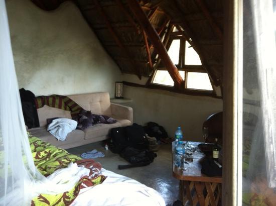 Hotel Cabanas Luna Maya : interior messy sorry