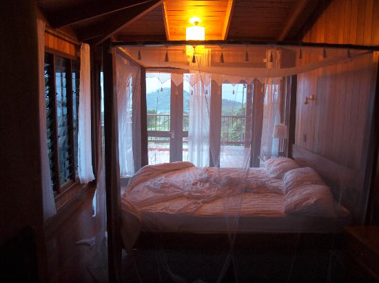 Cape Tribulation Sanctuary : Master Bedroom
