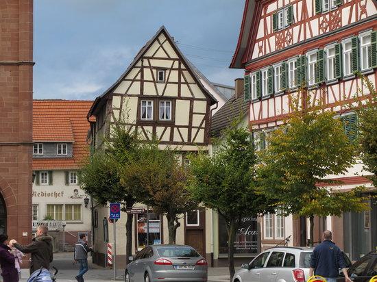 Flair Hotel Weisses Ross: Maisons à Dinkelsbühl