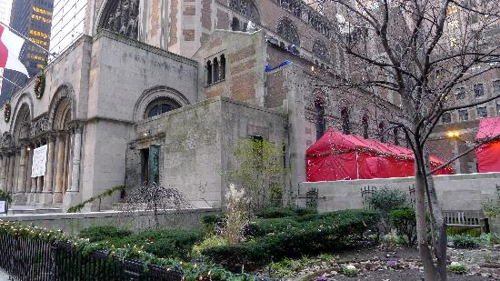 St. Bartholomew's Church : St. Bart's near garden area
