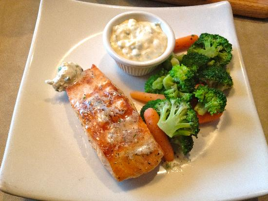 Puleo's Grille: My salmon