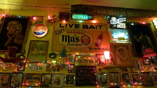 trailer park lounge and grill wall decor - Bar Wall Decor