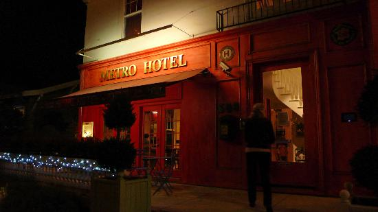 Metro Hotel & Cafe: The Metro