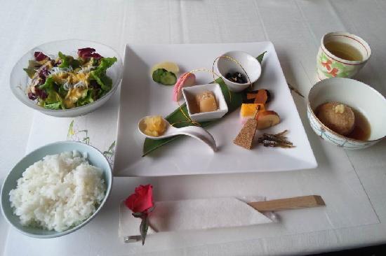 Bettei Rakuyu: 朝食です。