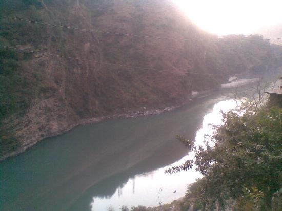 river sutlej- enroute to Kullu district from shimla