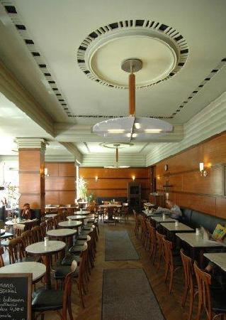 Cafe Grundmann: gastraum