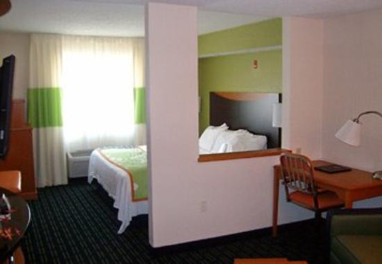 Photo of Fairfield Inn & Suites Dallas Plano
