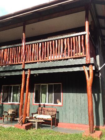 Aloha Crater Lodge: Outside