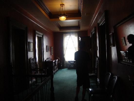 Lemp Mansion Restaurant & Inn: Thats the window where i caught footage of him. The guy in the Picture is just my bf so you know