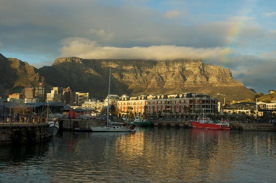 Victoria & Alfred Hotel: View to Table Mountain