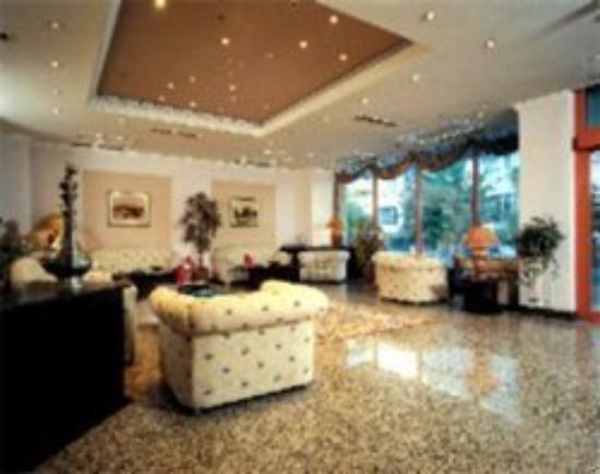 IC Hotels Tetra: Lobby
