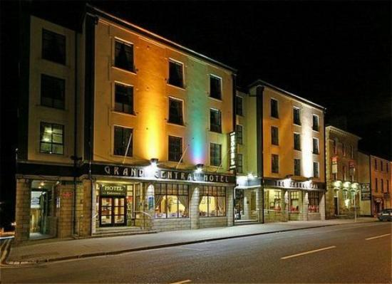 Bundoran, Irlande : Outside View of Hotel