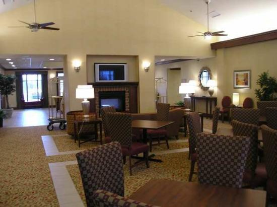 Homewood Suites Dulles - North / Loudoun: Lobby