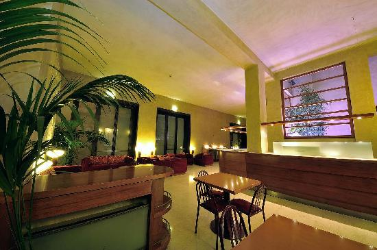 Hotel Nuova Grosseto : Hall vista bar