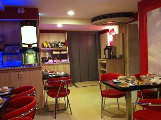 Timhotel Odessa Montparnasse : desayuno
