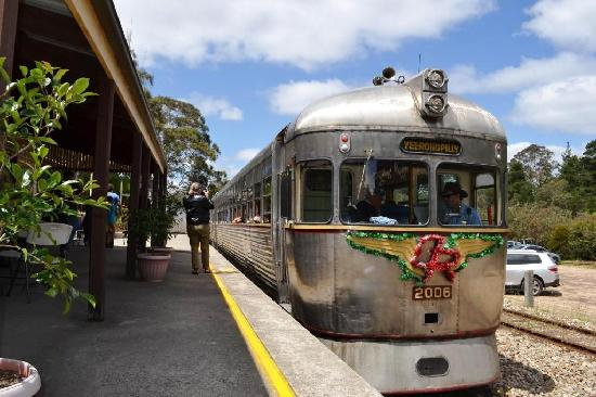 Zig Zag Railway: One of the Queensland trains.