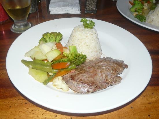 رينكونكيتو لودج: Segundo plato cena en el hotel